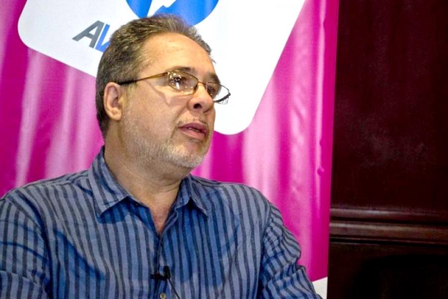 César Bolaño, investigador y docente en formación sindical brasileño, brindará una charla en la sede del PIT-CNT