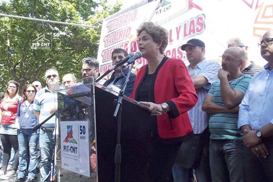 La solidaridad y el sentimiento de lucha por la democracia se hicieron presentes en la Plaza Libertad